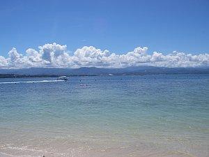 0300マムティック島からボルネオ本島を望む.JPG